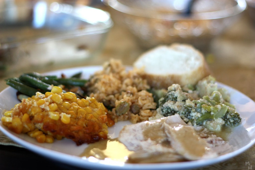 1200W_Thanksgiving_Dinner_3065145964-1024×683